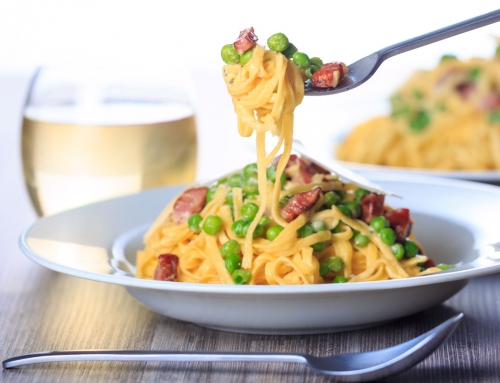 Easy Summer Pasta Carbonara with Peas