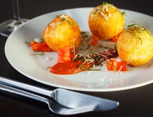 Mozzerella Stuffed Arancini: Risotto Balls
