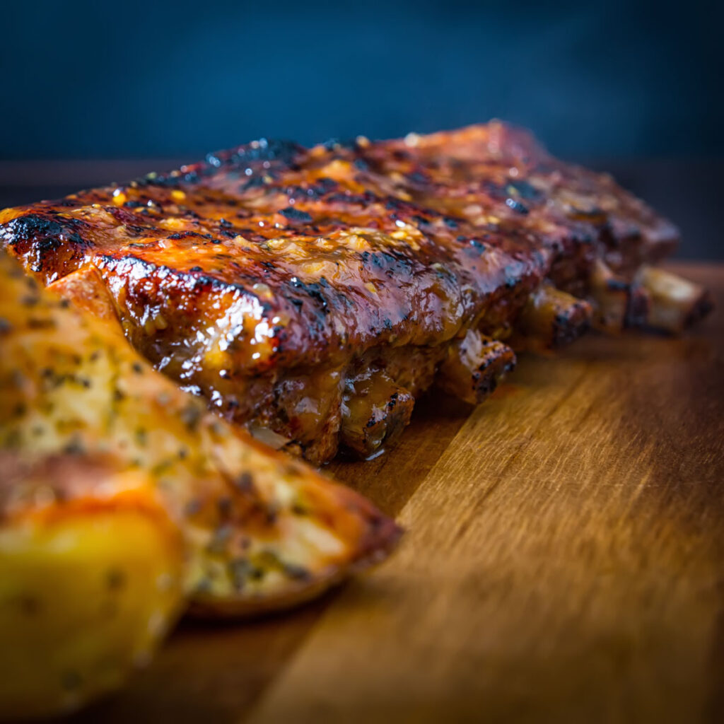 Apple and Pork is a match made in heaven and these pressure cooked apple glazed ribs take that to a whole new level.