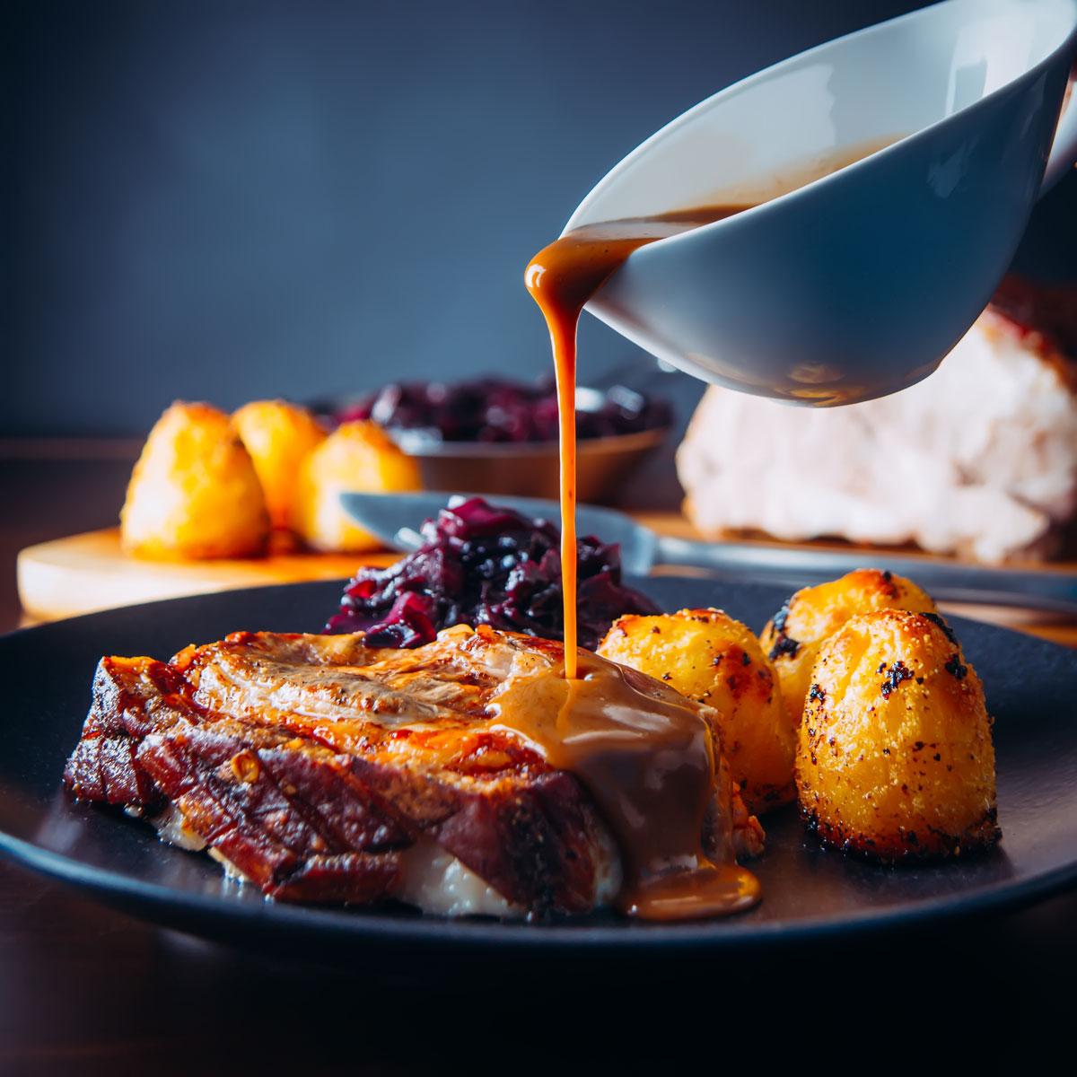 Crispy Roast Pork Belly With Red Cabbage Krumpli