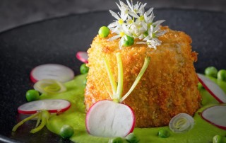 I defy anyone not to look at this deep fried goats cheese and be impressed, yet despite its prettiness it is hearty and really very simple.