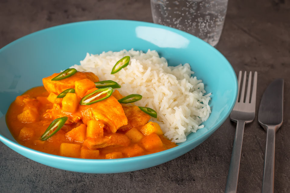 This simple pineapple chicken curry is a fun take on pineapple chicken and fuses a little Indian inspiration with pineapple and apple!