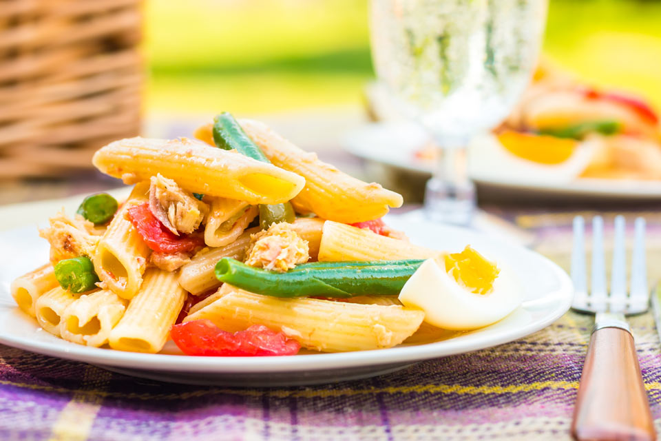 Tuna nicoise pasta salad krumpli for Tuna fish pasta salad