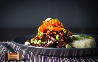 Sticky Chili Beef is my idea of an indulgent treat, sure it is not the most 'health conscious' meal but boy does it taste fantastic!