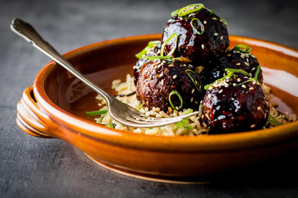 Spicy Sticky Teriyaki Meatballs