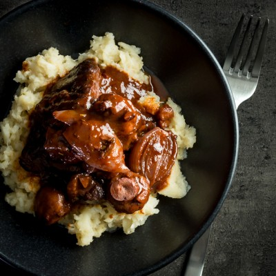 I must be in a French frame of mind at the moment, my latest recipe is the classic Beef Bourguinon cooked this time in the Instant Pot, a real comforting favourite!