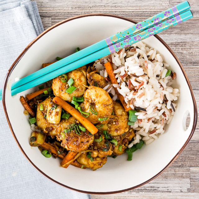You can not beat shrimp as the king of fast food and this Spicy Szechuan Shrimp Stir Fry certainly ticks that box, 15 minutes prep and 5 minutes cooking time!