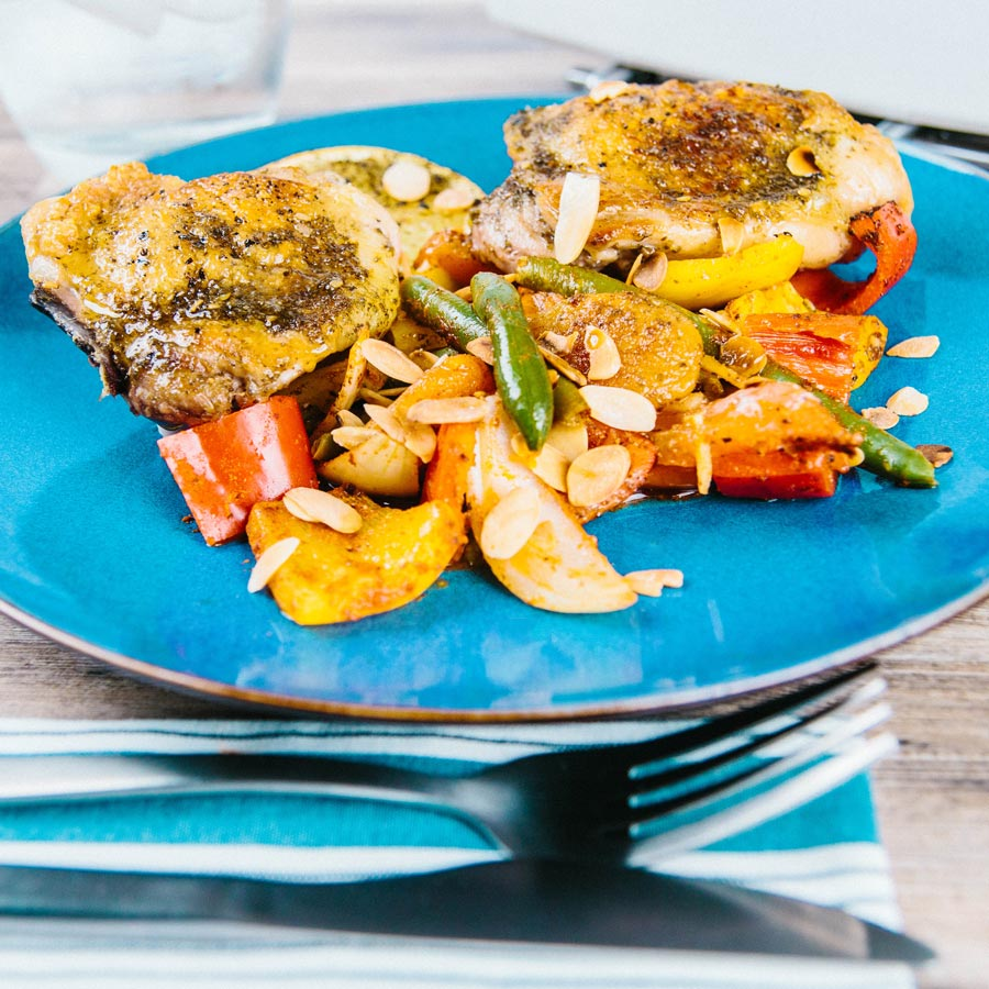 This spiced baked bell pepper chicken is so easy it hurts and is packed with North African and Persian flavours providing a ray of winter sunshine!