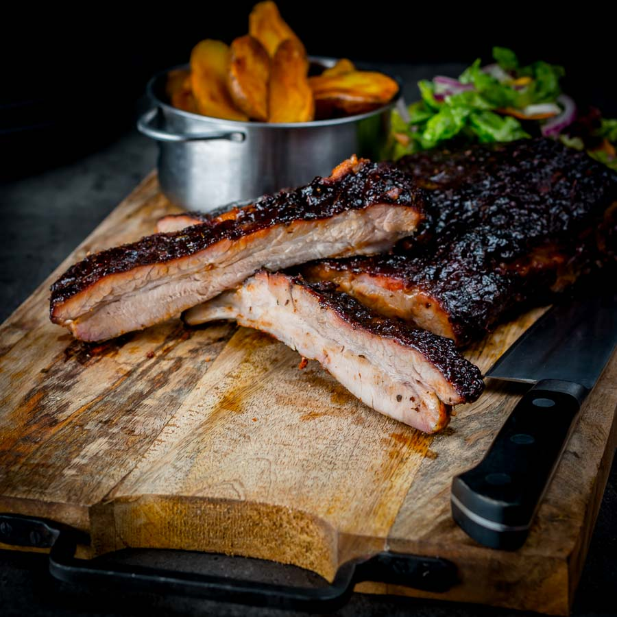 What could possibly be wrong about sticky slow roasted bbq ribs served with a roasted onion BBQ style dipping sauce and not a BBQ in sight.