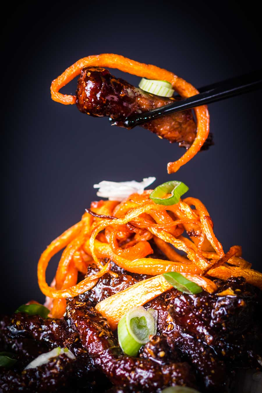 Sticky Chili Beef is my idea of an indulgent treat, sure it is not the most 'health conscious' meal but boy does it taste fantastic!l