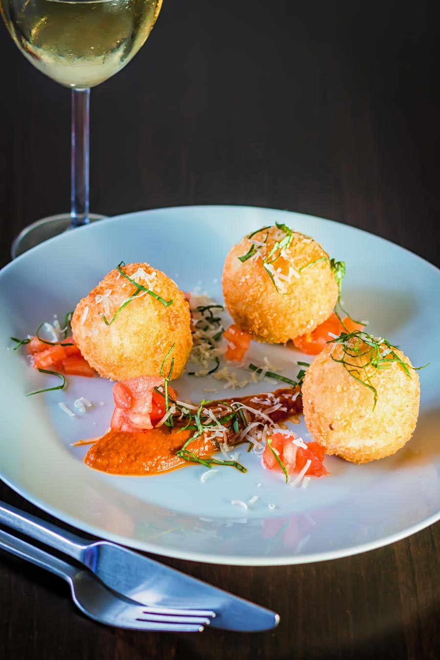The Italians are responsible for some of the most wonderful comfort food ever devised and this Mozzarella Cheese stuffed Arancini recipe is a testament to that.