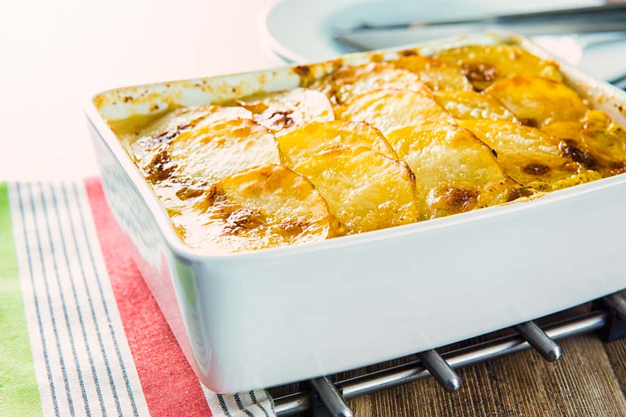 A hotpot is a little like a pie with a scalloped potato topping, this chicken hotpot features a mustard sauce and lots of leeks and carrots.