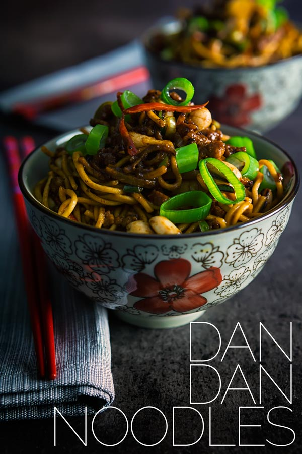 Dan dan noodles are a spicy noodle dish traditionally featuring ground pork, chili oil and Szechuan pepper, a perfect midweek fakeaway and cooked in less than 30 minutes. # fakeawayrecipes #chinesetakeaway #porkrecipe #spicyrecipes #quickrecipes #dinnersfortwo #lessthan30minutemeals #noodlerecipes