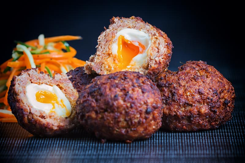 I love Scotch Egg & I have been trying to replicate an Indian version for quite some time. The Nargis Kebab which actually predates the British Scotch Egg and by jove I think I have cracked it, see what I did there?