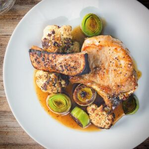 Any pork chops are great and these maple syrup and mustard glazed pork chops are joined by Cauliflower and Leeks to create a complete meal!