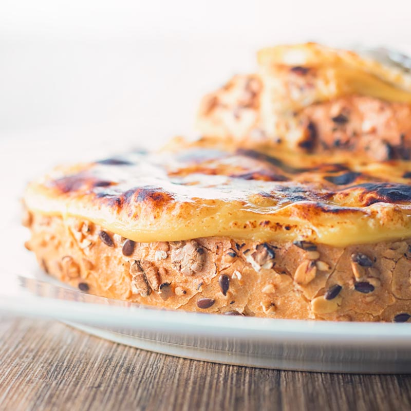 Welsh Rarebit, cheese on toast turned up to 11, forget grilled cheese this classic British recipe really has you covered when it comes to your cheese and bread requirements.