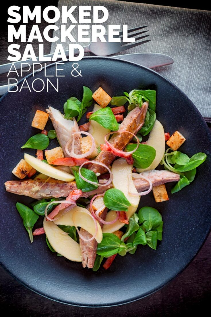 Classic combinations are at the heart of this smoked mackerel salad, a light main course salad featuring bacon, apple and smoked mackerel. All wrapped up with a fruity vinaigrette. #saladrecipesfordinner #fishfordinner