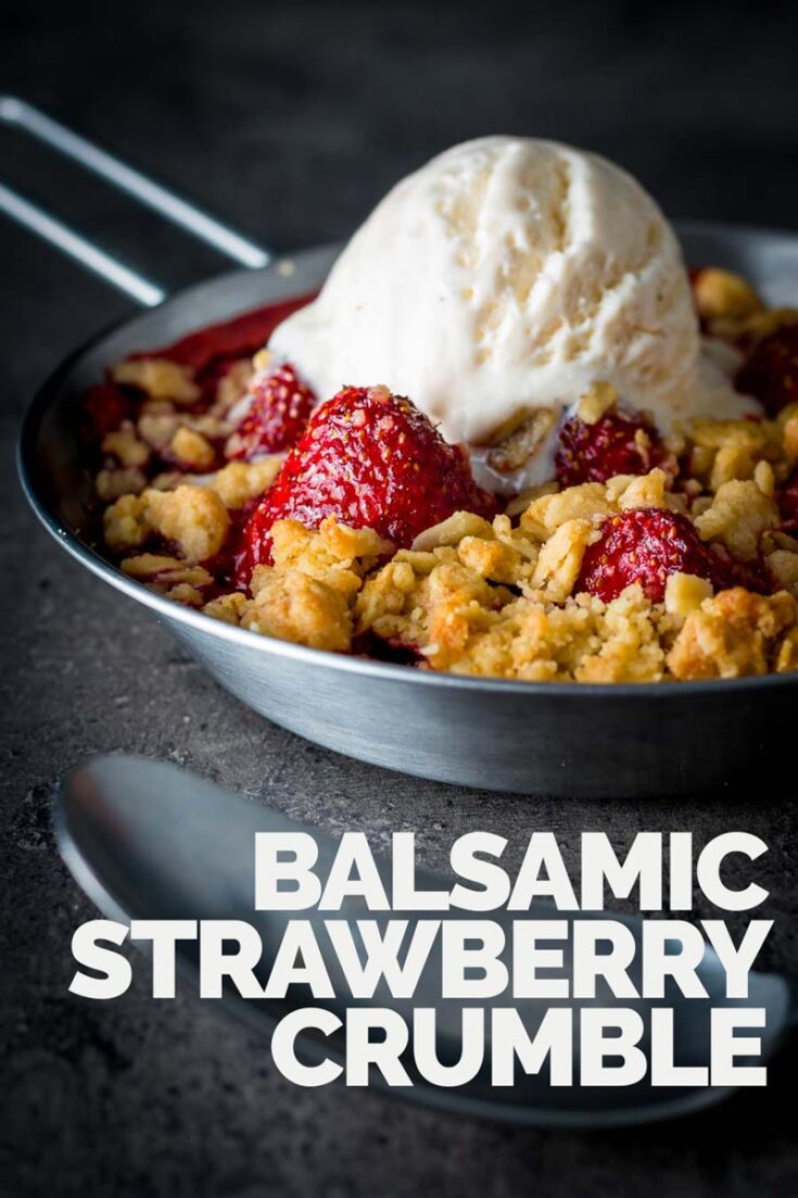 Balsamic vinegar really does make the flavour of strawberries pop and so this balsamic strawberry crumble is a strawberry delight, try it, seriously! #crumbletopping #individualstrawberrycrumble