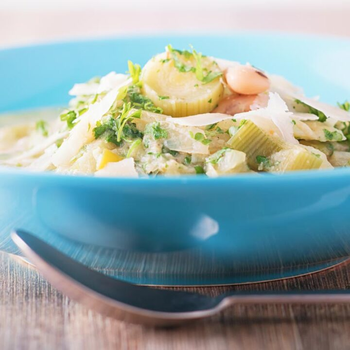 This Tuscan cabbage and white bean soup is peasant food at its very best and utilises all of the best autumnal ingredients!