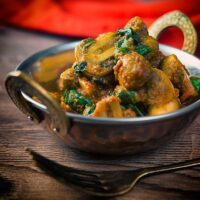 Spinach and Mushroom Curry