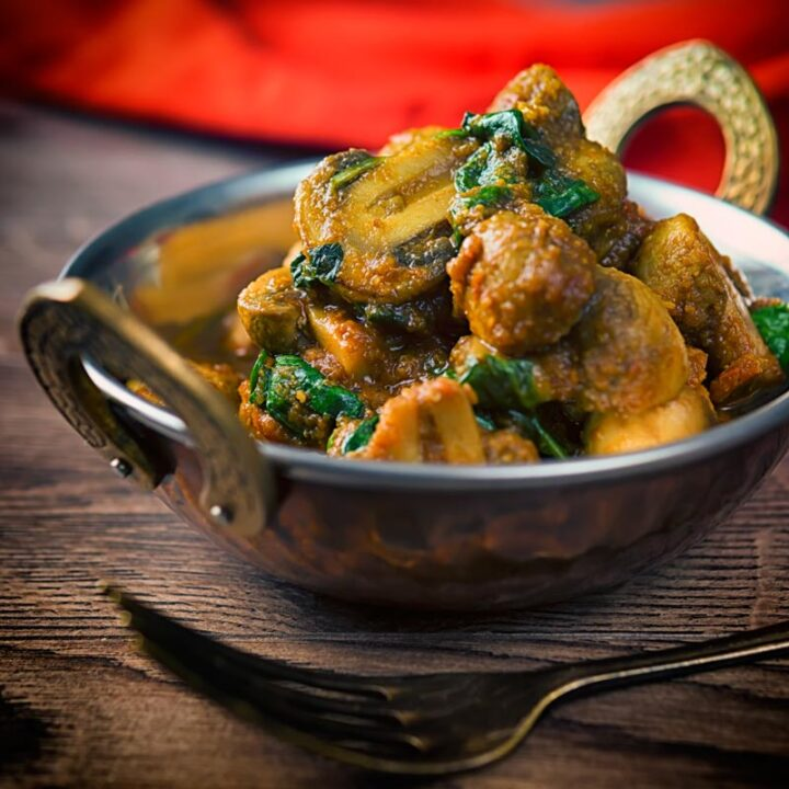 Spinach and Mushroom Curry Recipe