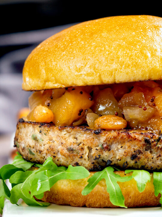 Pork and apple burgers served with rocket and apple chutney.